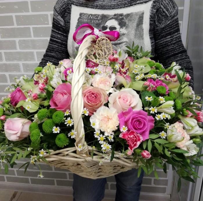 Увеличить - ДР-Большая корзина с цветами, розовая