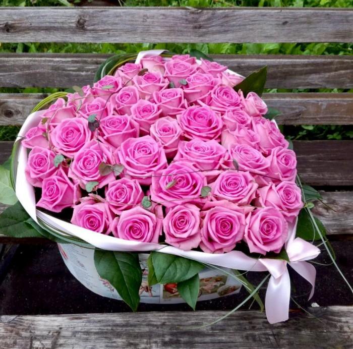 Увеличить - Розовое сердце в коробке