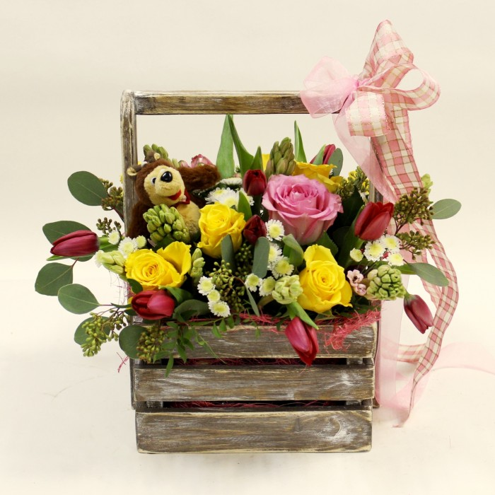 Увеличить - Ящик с цветами и игрушкой