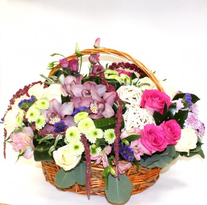 Увеличить - Юбилей-Восхитительная корзина с цветами